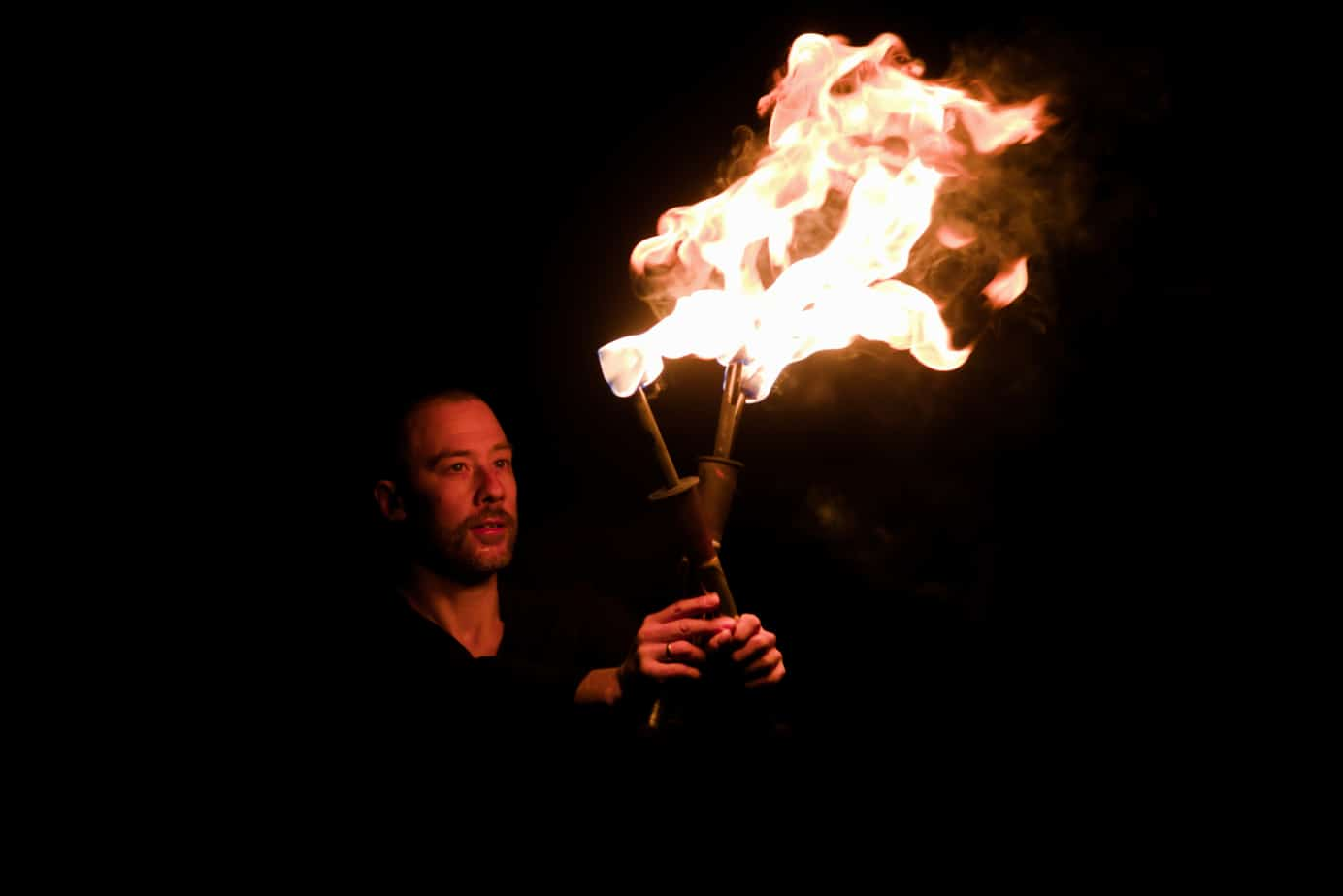 Feuerjonglage von Fabian Rieger